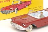 French Dinky Toys 555 Ford Thunderbird plastic screen